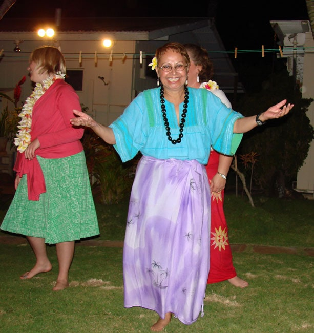 Lenora takes a bow after taking hula lessons, Maui, Hawaii