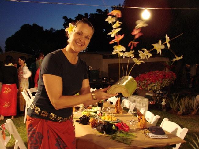 Luana Pa'ahana shows table decoration at Tutu's Place, Maui, Hawaii