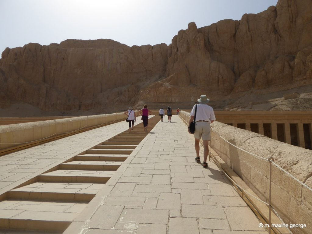 The new causeway leading to the temple of Hatshepsut