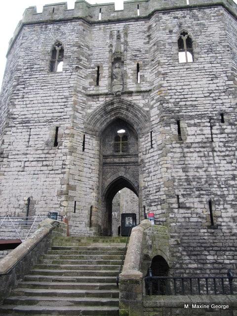 Welcome to Caernarfon Castle, Cymru