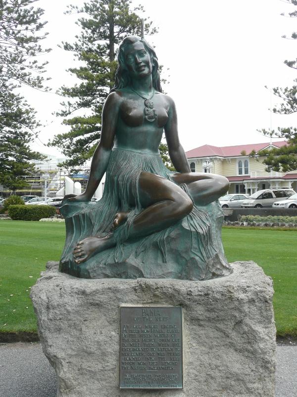 Pania of the Reef, Napier