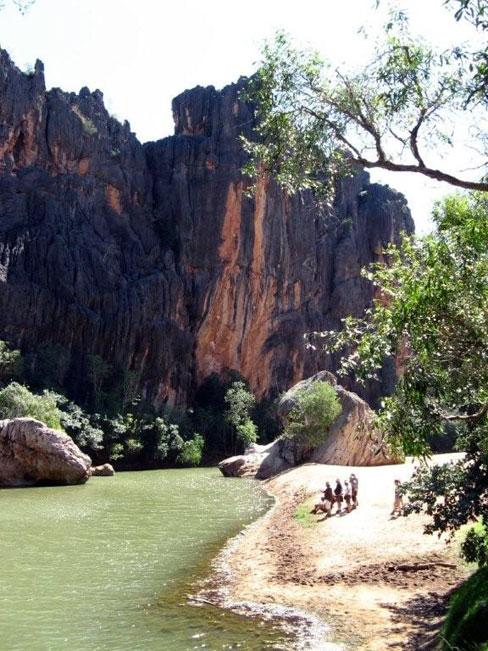 View of Windjana Gorge.