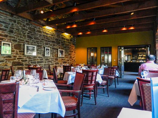 Courtyard Restaurant Ottawa Ontario